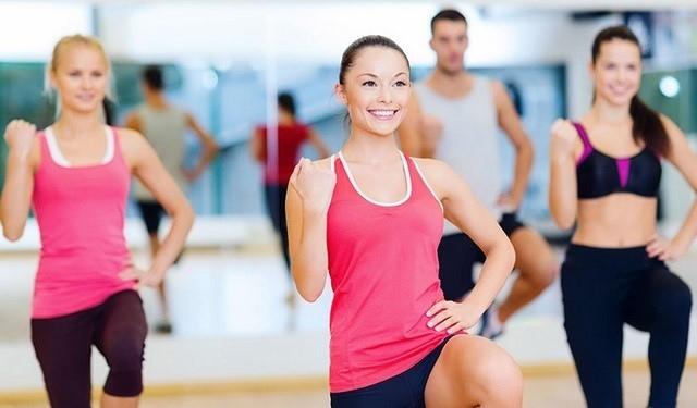 bài tập aerobic giảm mỡ bụng cho người mới tập tại nhà