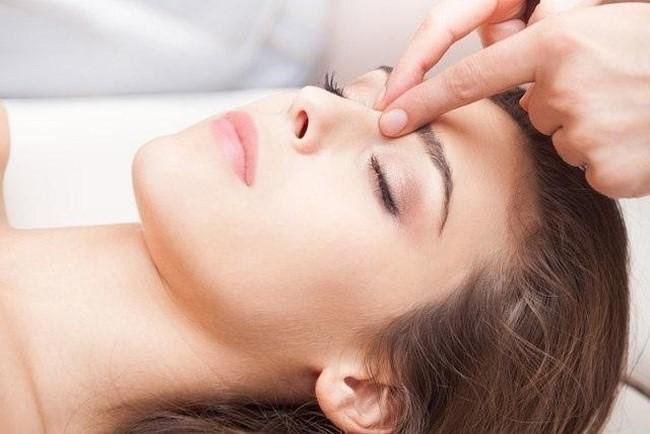 Massage mũi thon gọn