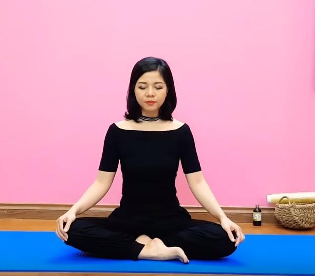 Yoga Nguyễn Hiếu giảm mỡ bụng dưới - Bài 1