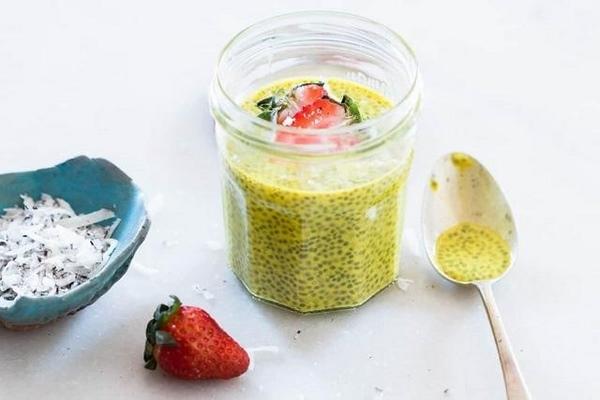 Cách uống hạt chia giảm mỡ bụng kết hợp với nghệ