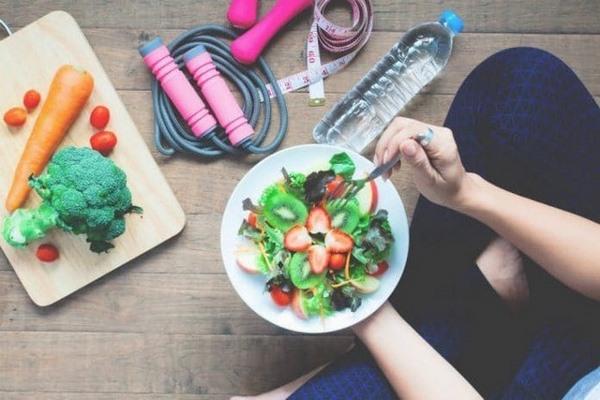 Khi tập gym giảm mỡ bụng bạn cần một thực đơn đầy đủ dinh dưỡng