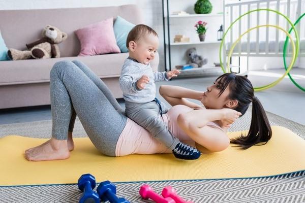 Sau giai đoạn giảm mỡ bụng sau sinh 3 tháng các chị em cần nâng cao cường độ tập luyện
