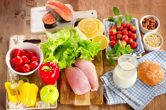 Bổ sung năng lượng đầy đủ nhằm bù đắp chất dinh dưỡng đã mất trong cơ thể