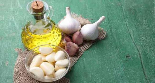 Kết hợp tỏi và dầu oliu