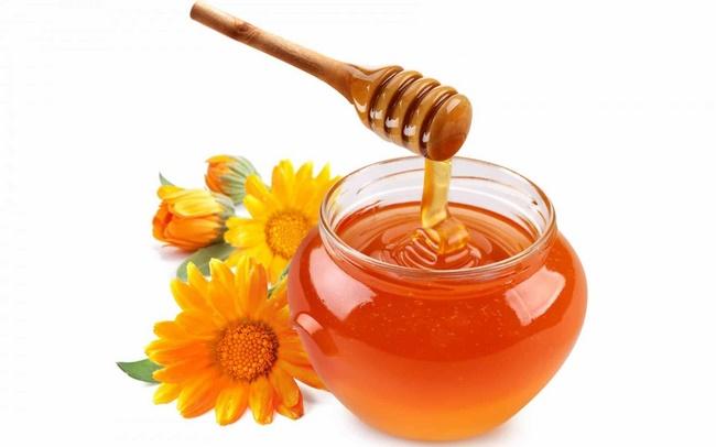 trị mụn đầu đen bằng mật ong