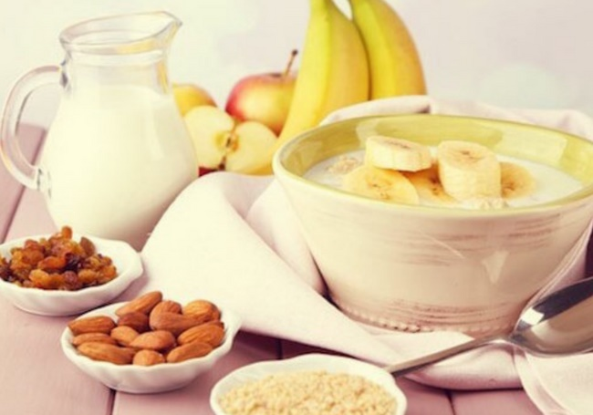Nên ăn nhẹ trước buổi tập khoảng 30 phút để bổ sung năng lượng