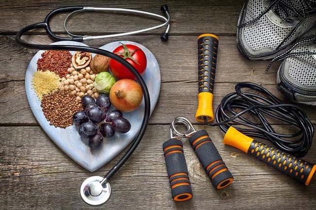 Nên bổ sung đủ năng lượng cho cơ thể trước khi chạy bộ giảm cân