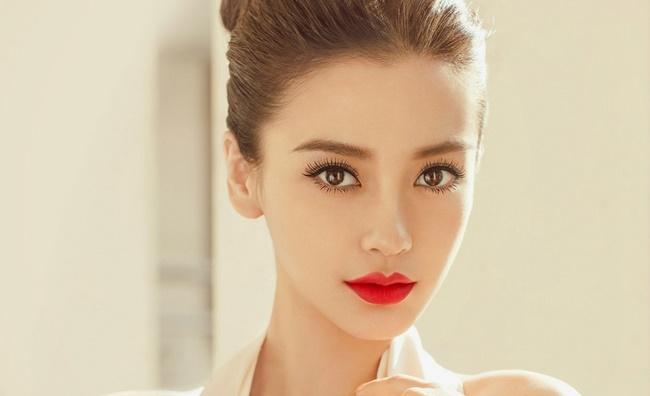 Phẫu thuật vùng mắt là dịch vụ khá nổi tiếng tại Sài Gòn Venus