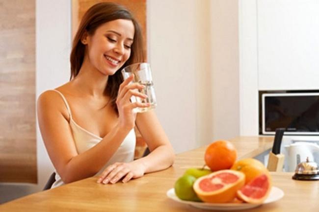 Uống nước chanh mật ong vô cùng tốt cho sức khỏe