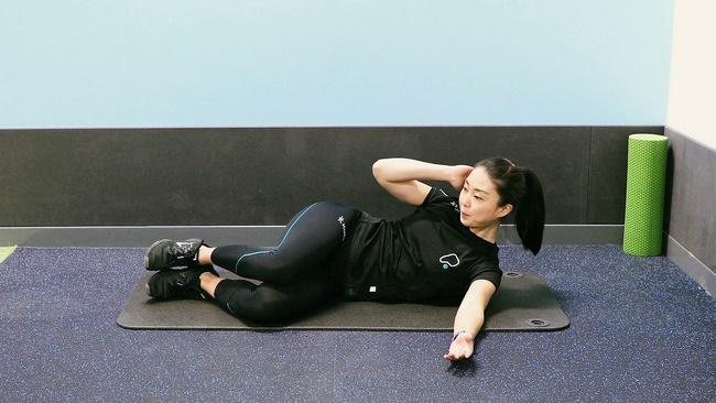 Bài tập Side Crunch giúp giảm mỡ bụng hiệu quả