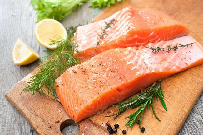 Cá hồi chứa lượng Omage- 3 rất tốt cho sức khỏe cơ thể và làn da