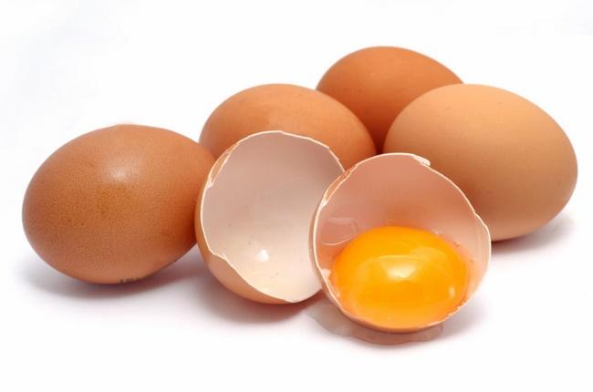 Các loại trứng sẽ ảnh hưởng quá trình lên màu môi chuẩn
