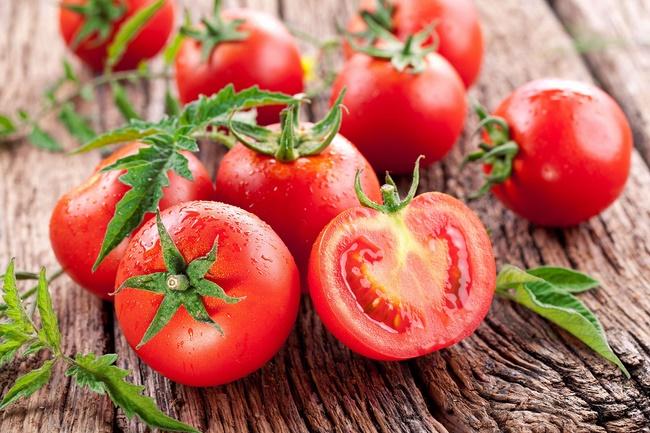 Cải thiện chỉ số cân nặng bằng cà chua
