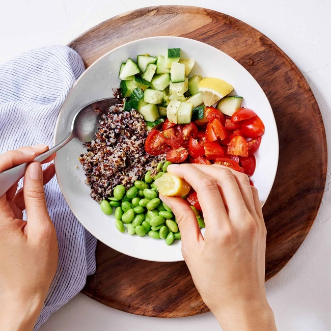 Làm thế nào để xây dựng chế độ ăn giảm cân hợp lý Raw Food