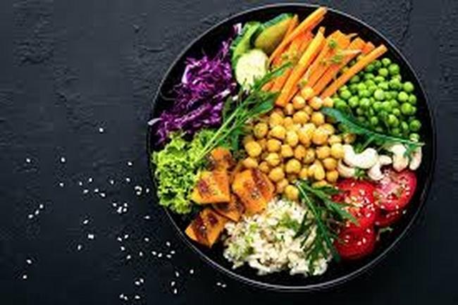 Chế độ giảm cân Pegan là sự kết hợp giữa Paleo và Vegan