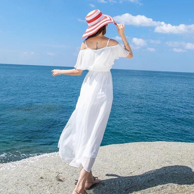 Đầm maxi trắng đi biển cho người thấp