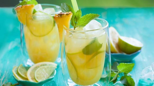Detox dứa uống thay nước lọc mỗi ngày tránh cảm giác nhàm chán