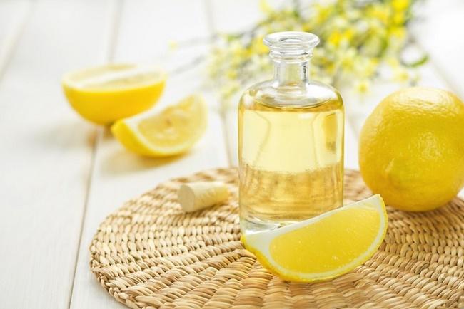 Điều trị mụn thịt bằng chanh, đường và dầu oliu