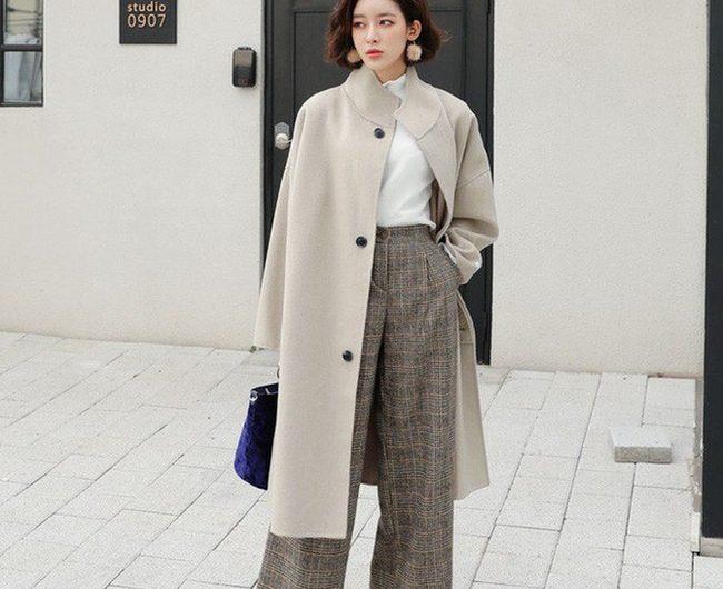 [Hỏi – Đáp]: Người thấp có nên mặc áo khoác dáng dài không?