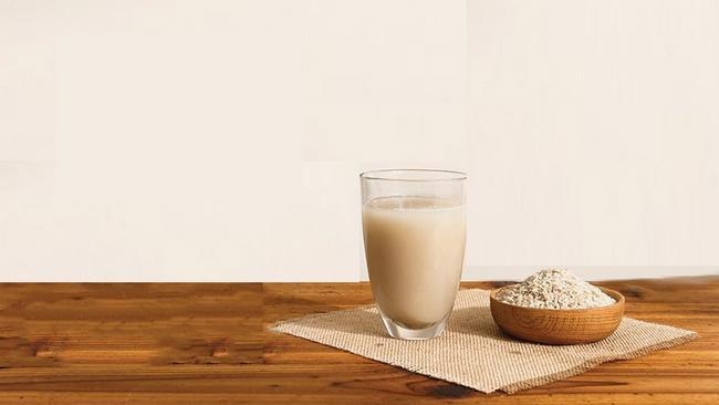 Sữa gạo lứt chứa lượng dinh đưỡng ồi dào, nhưng calo cực thấp hỗ trợ giảm cân hiệu quả