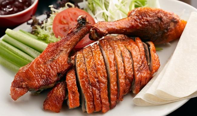 Thịt vịt chứa nhiều độc tố dễ để lại sẹo xấu