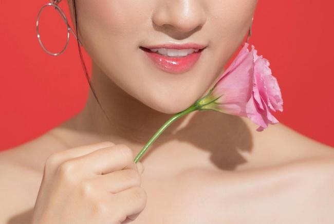 Thường màu môi sẽ lên khoảng hoàn hảo từ 2 tuần đến 1 thángkhi chăm sóc môi sau khi phun