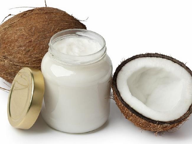 Mặt nạ dầu dừa và kem đánh răng