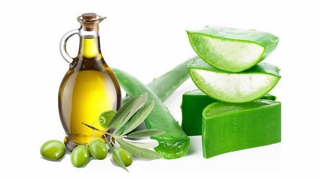 Trị mụn, nám hiệu quả với bơ, dầu oliu và nha đam