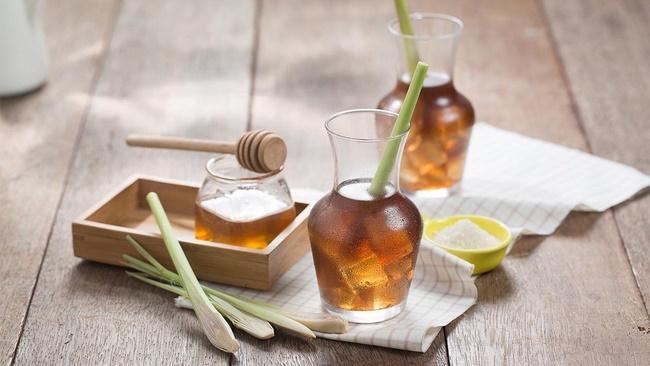 Uống hạt chia mật ong ấm giảm cân