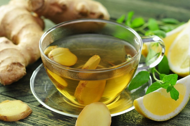 Uống nước chanh gừng mật ong giảm mỡ bụng