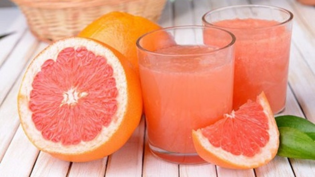 Uống nước ép bưởi giảm mỡ bụng nhanh chóng