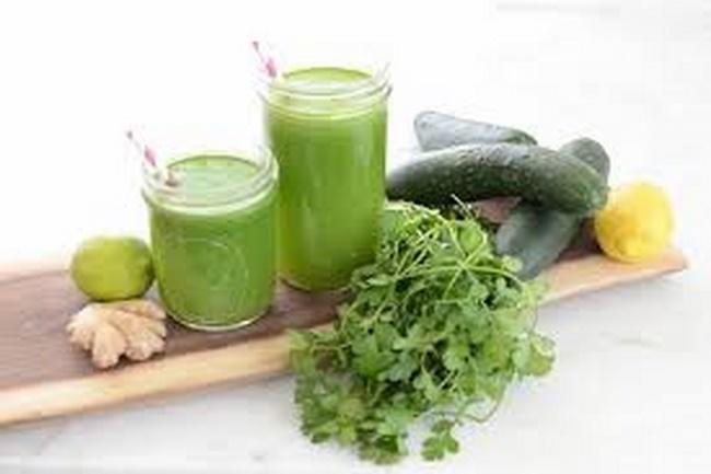 Uống nước rau mùi giảm cân
