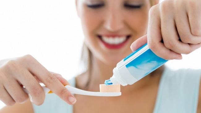 Đánh răng sau bữa ăn ngăn bạn hạn chế nạp năng lượng vào cơ thể giúp giảm béo hiệu quả