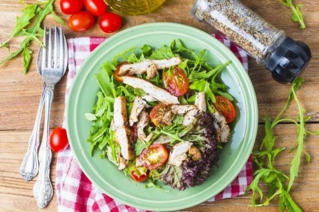 Ăn nhẹ mỗi tối giảm cảm giác đói hỗ trợ quá trình giảm béo nhanh hơn