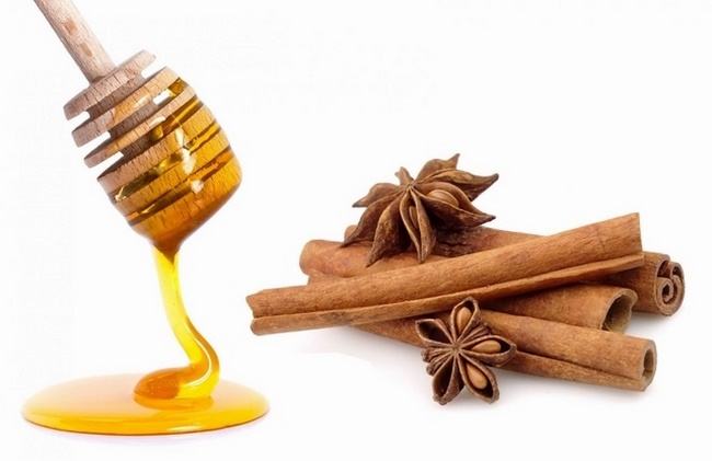 Quế chi và mật ong - mặt nạ thuốc bắc trị nám hiệu quả
