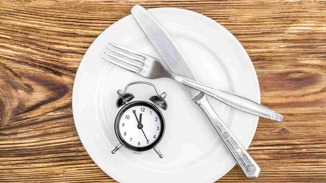 Ăn uống đúng giờ giấc sẽ tác động tích cực tới hành trình giảm cân