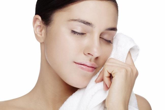 Cách chăm sóc làn da sau khi làm sạch da chết