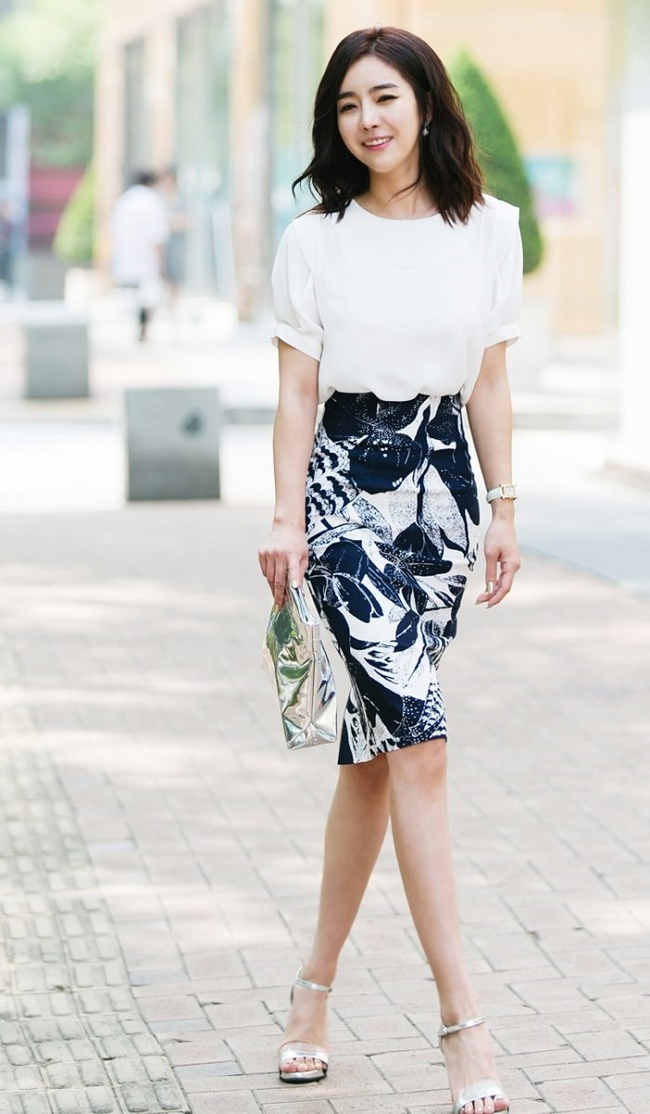 Những chiếc váy bó sát sẽ giúp tôn lên đường cong trên cơ thể
