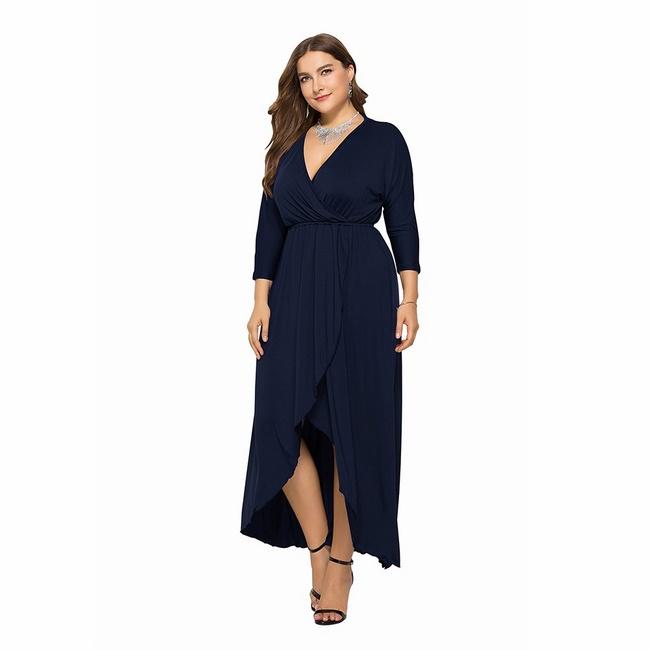 Chọn váy maxi cho người thấp và chân to tạo sự nhẹ nhàng và kín đáo cho người mặc