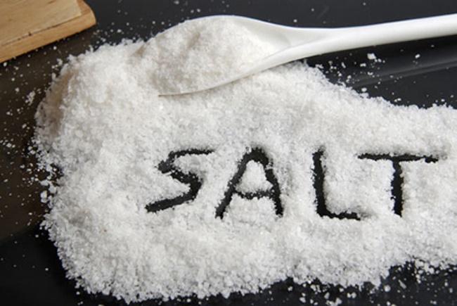Bất ngờ với cách giảm cân bằng muối vẫn được chị em lưu truyền lâu nay