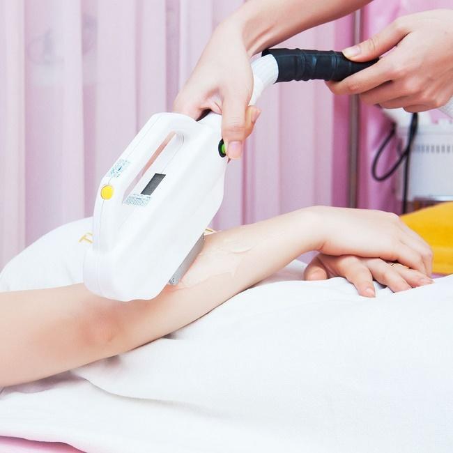 Chất lượng dịch vụ ở Kay Spa có tốt không? Công nghệ triệt lông bằng Laser SHR thế hệ mới