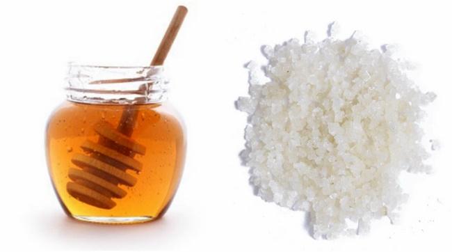 Công thức tẩy tế bào chết bằng mật ong và muối