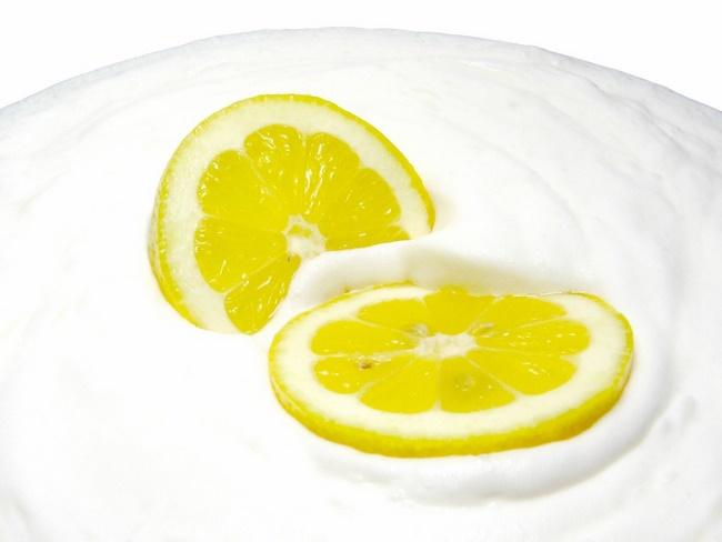 Mặt nạ sữa chua với chanh loại bỏ vết sẹo thâm do mụn gây ra