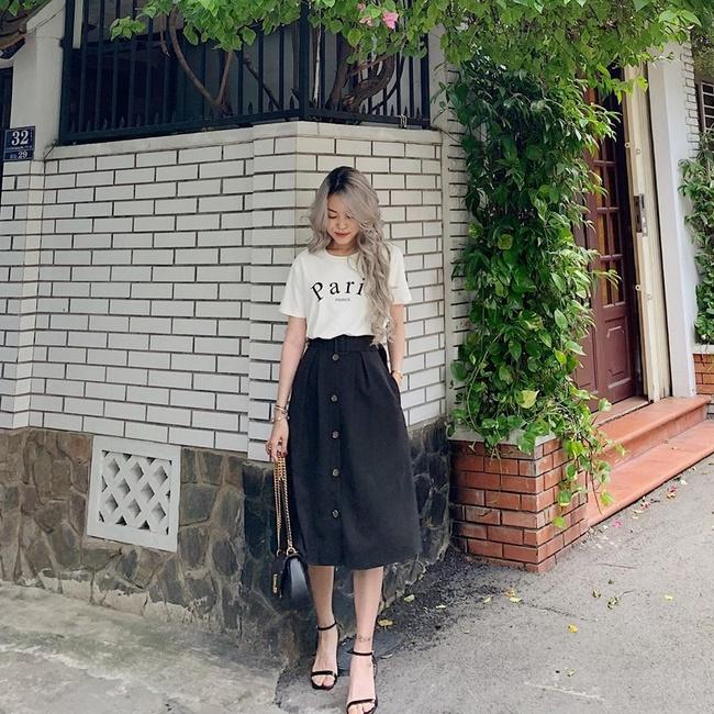 Rubies Rubies là shop bán chân váy xòe t.p Hồ Chí Minh đẹp và rẻ sở hữu nhiều kiểu mẫu chân váy rất đa dạng