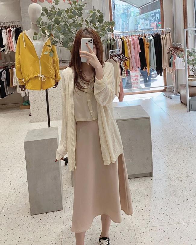 Shop Tyribee là shop bán chân váy xòe t.p Hồ Chí Minh đẹp và rẻ thiên hướng theo style phong cách Hàn Quốc