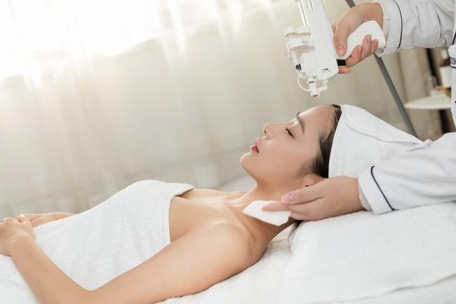 Tiêm, truyền Collagen cấp tốc tại spa