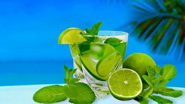 Uống nước chanh ấm giúp giảm mỡ bụng tại nhà cực hiệu quả