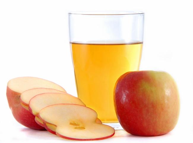 Uống nước gừng với giấm táo