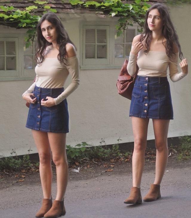 Chân váy jean kết hợp với giày gì
