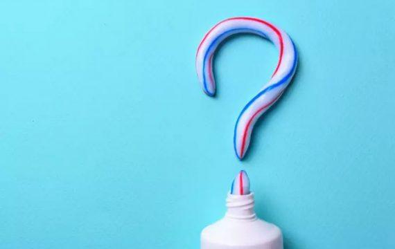 [REVIEW] Kem đánh răng trị mụn có lợi hay có hại?